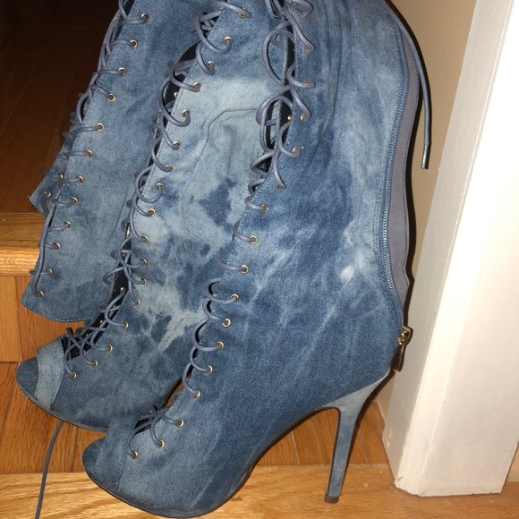 0b550dc00442 Shoes - Women s size 8 lace up denim boots with heel